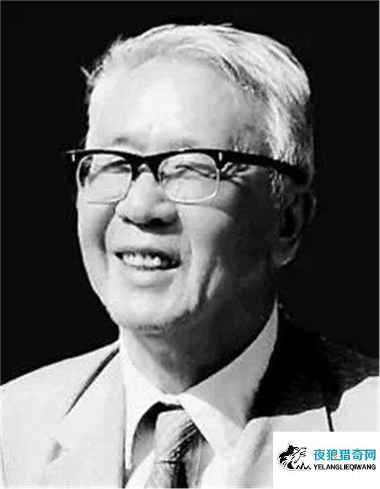华罗庚一生非常传奇,刻苦读书两年考上清华大学(www.goyelang.net)