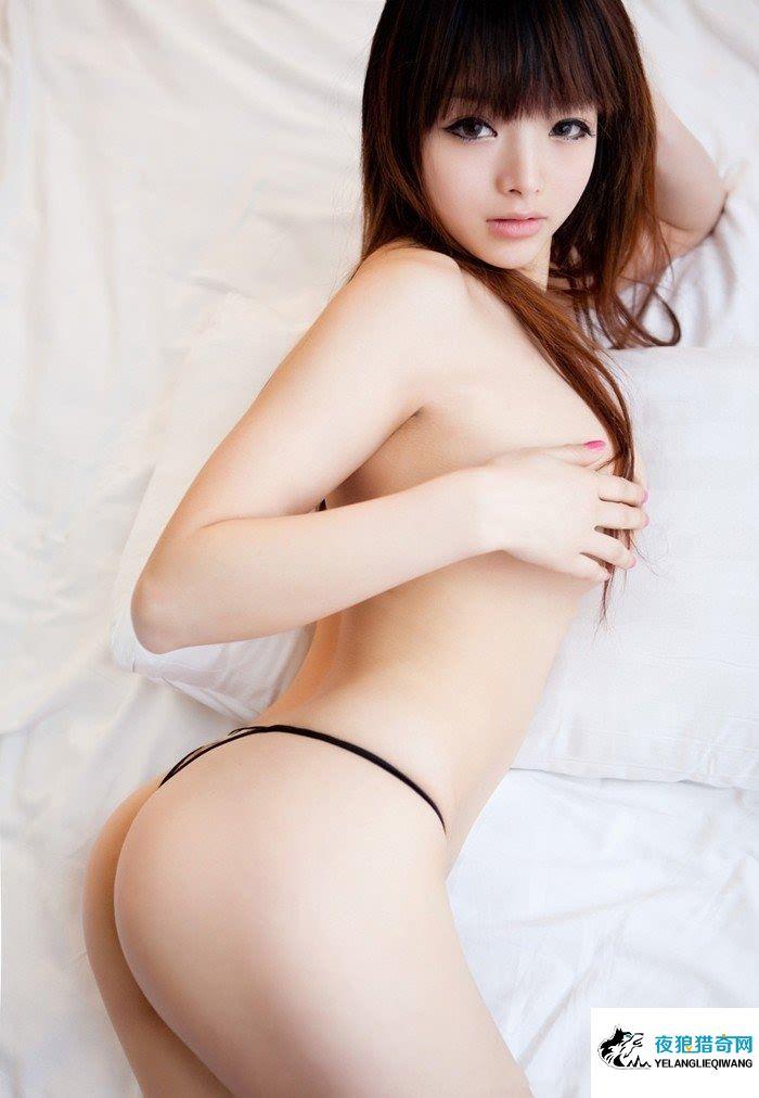 印度女性裸体扒B艺术图 美女全身裸体图片