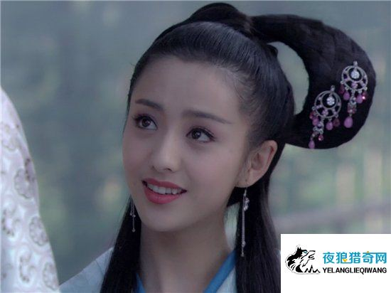 燕赤凤被赵飞燕宠信,没想到却被妹妹赵合德勾搭上(www.goyelang.net)